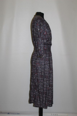 Rochie print abstract pe fond violet anii '70 - '80
