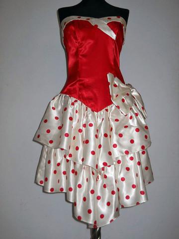 Rochie retro de ocazie  din satin, cu buline albe si rosii, anii '80.