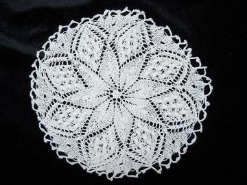 Mileu vintage  alb in forma de floare anii '50