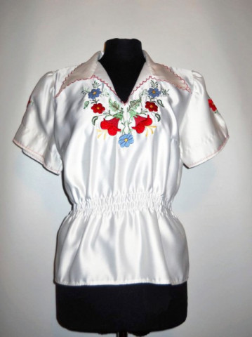 Bluza vintage brodata stil popular mexican anii '70