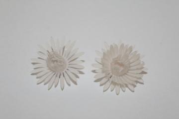 Cercei floare alba anii 50-60