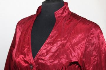 Jacheta din moar visiniu anii '90