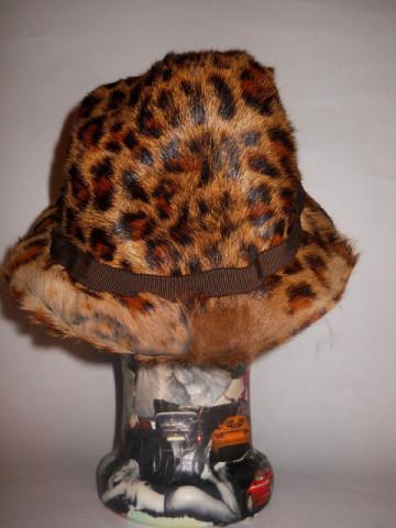 Palarie vintage din blana veritabila de jaguar anii '60