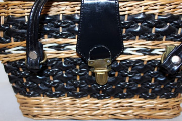 Poseta - cosulet maro cu negru anii '60