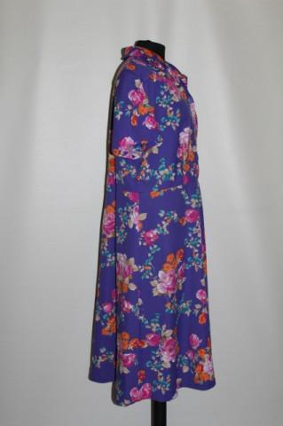 Rochie vintage flori multicolore pe fond violet anii 70