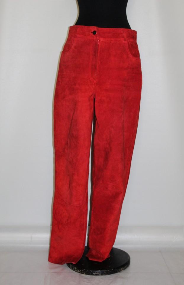Pantaloni din piele intoarsa rosie anii '80 - 90