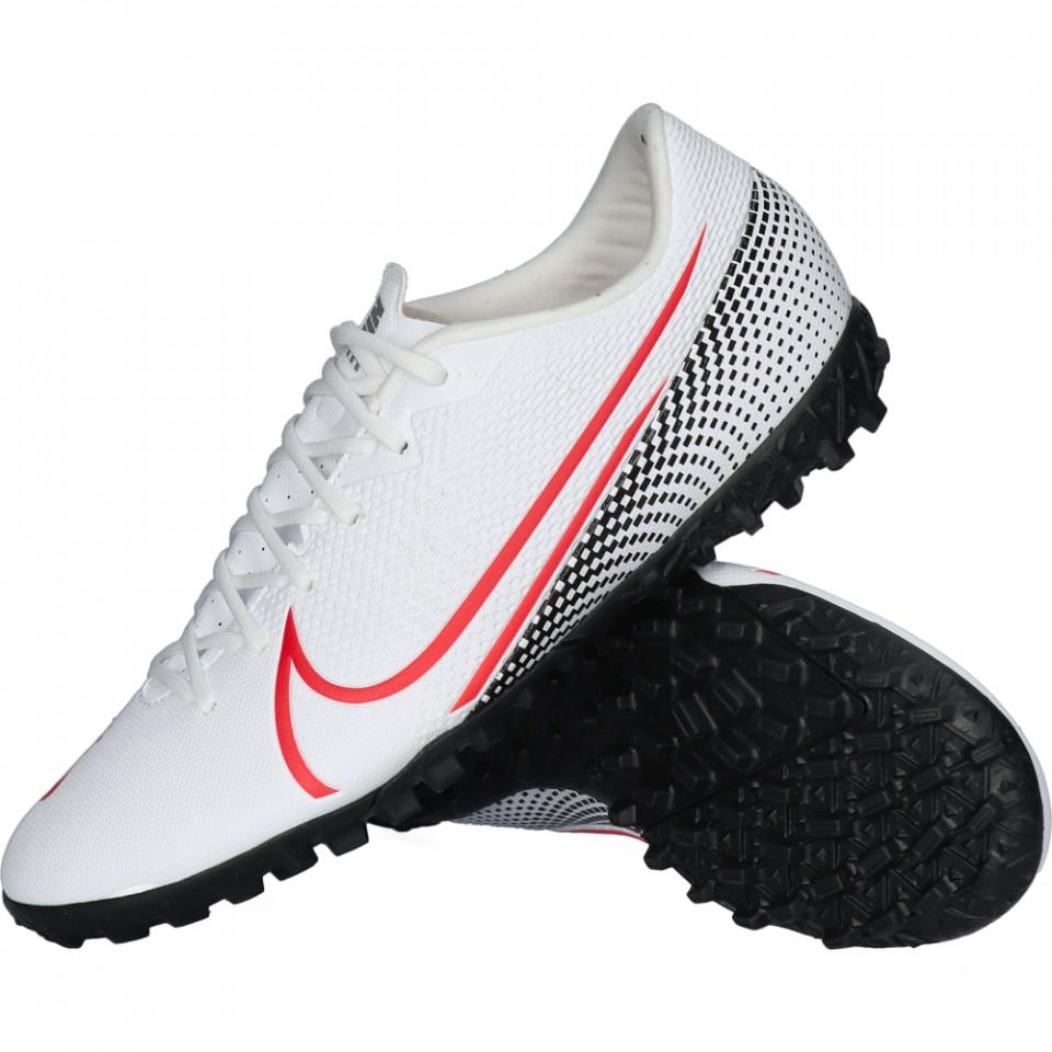 Pantofi sport Nike Vapor 13 Academy pentru barbati
