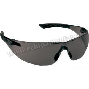 Ochelari de protectie SPHERLUX din policarbonat de antiaburire cu lentile antizgariere