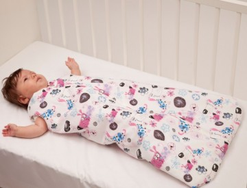 Sac dormit copii 3 ani - 4,5 ani BEBEDECO de iarna cu dubla deschidere MARTINEL LA JOACA alb-SI03120