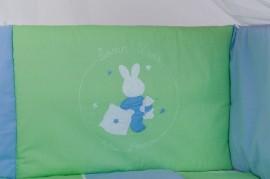 Lenjerie patut bebelusi BEBEDECO 5 piese cu broderie IEPURASUL SOMNOROS bleu verde cod LB5P16