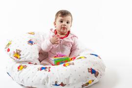 Perna pentru gravide 3 in 1 Bebedeco Martinel la joaca
