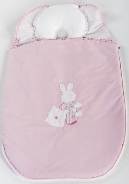 Sac de dormit bebe cu pernuta pt formarea capului BEBEDECO 0-6 luni IEPURASUL SOMNOROS roz
