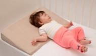 Perna plan inclinat 30 grade pentru bebelusi Bebedeco 60x60 cm