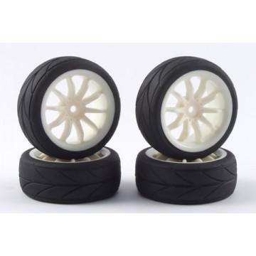 Set 4 roti pentru automodele Touring 1/10 - Anvelope profil in V, jante cu spite albe