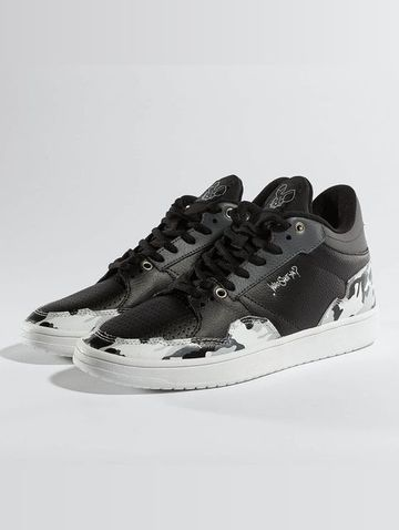 Who Shot Ya? / Sneakers Camo in black