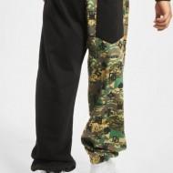 Dangerous DNGRS Half Crown & King Sweatpants Camouflage/Black