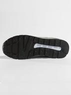 Who Shot Ya? / Sneakers Leo in black