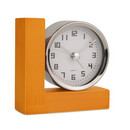 Ceas birou cu alarma metal si lemn personalizabil
