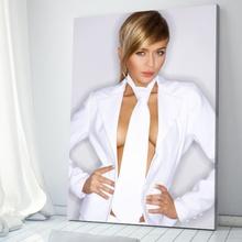 Tablou Femeie Sexy cu Cravata Alba sx4