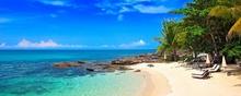 Tablou panoramic plaja insula tropicala