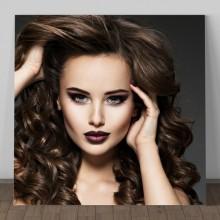 Tablou Model Femeie cu Bucle si Smokey Eyes GFA18