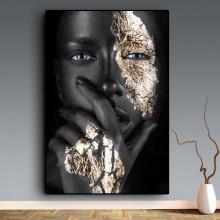 Tablou Canvas Portret Fashion Fata cu Pielea Neagra si cu Machiaj Auriu BGM64