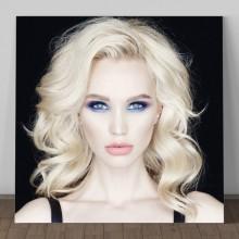 Tablou Blonda cu Machiaj Nordic GFF1