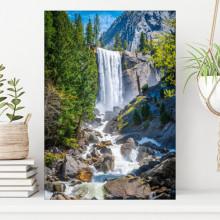 Tablou Canvas Cascada Printre Munti Stancosi PMG36