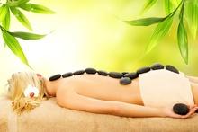 Tablou femeie la masaj spa