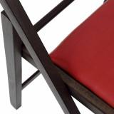 detaliu scaun pliabil lemn rosu