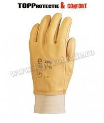 Mănuși de protecție,din piele, prevăzute cu un strat special antiulei, impermeabil