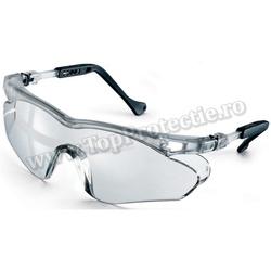 Ochelari de protectie rezistent la zgarieturi si substante chimice