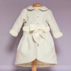 Palton cu coada si insertii satinate