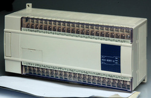 PLC XINJE XC3-60RT-C 36DI/24DO, tranzistori, releu, alimentare 24VDC