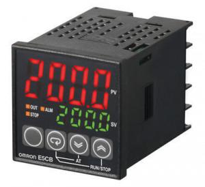 Regulator temperatura digital OMRON E5CB-R1TCD, intrare termocuplu, iesire releu, alimentare 24 VAC/VDC