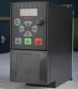 Convertizor de frecventa XINJE VB5-22P2, 2.2KW, curent nominal 10A, alimentare monofazata