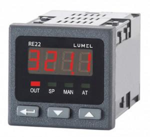 Regulator de temperatura LUMEL RE22, intrare pentru senzori RTD sau TC, iesire in releu, alimentare 230VAC