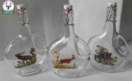 Sticluta cu capac cu ornamente vanatoresti
