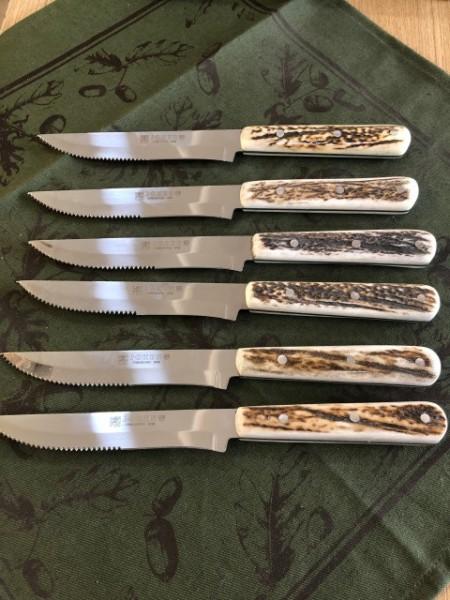 Set de cuţite cu mâner de os