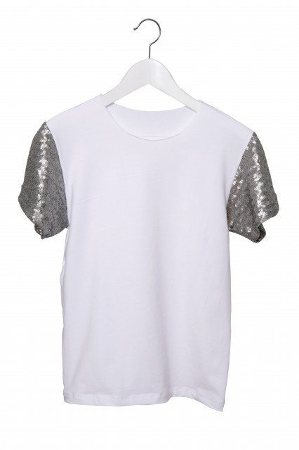 Tricou alb cu maneci din paiete argintii