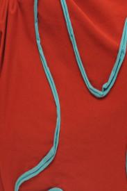 Tricou caramiziu cu insert turquoise