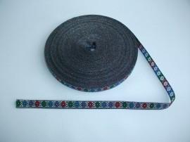 Banda tesuta ANCUTA 12 mm si 16 mm (pe fond argintiu)