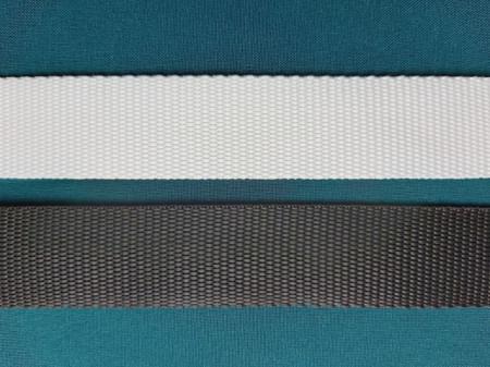 Chinga rezistenta 25 mm neagra si alba