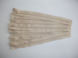 Fermoare fusta #3 - 20 cm bej deschis