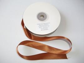 Panglica satinata ambele fete 25 mm maro
