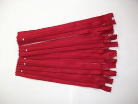 Fermoare fusta #3 - 20 cm rosu