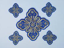 Ornament bisericesc cruce mica - albastru cu auriu