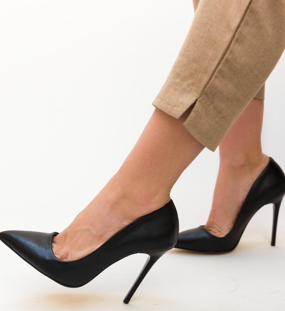 Pantofi Meidaro Negri
