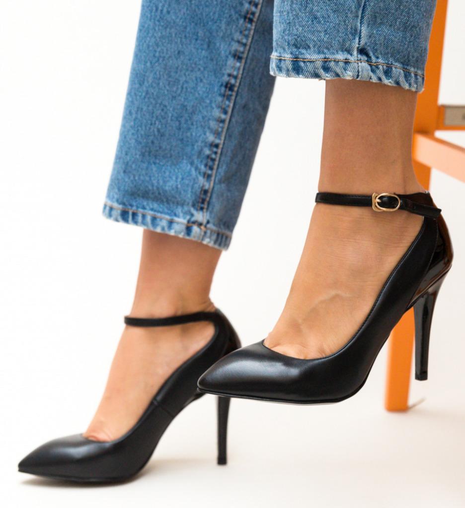 Pantofi Stark Negri