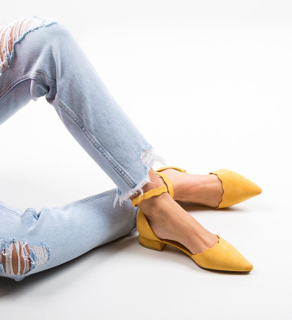 Pantofi Wood Galbeni